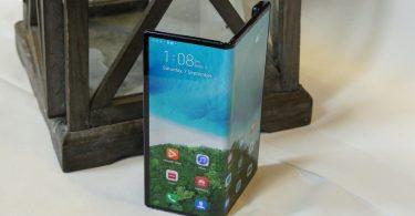 Екран за ціною iPhone. Названа вартість заміни гнучкого дисплея в Huawei Mate X