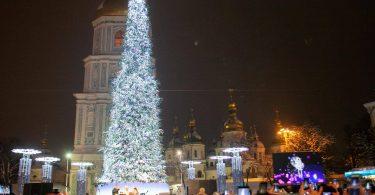 На новорічні та різдвяні свята в Києві витратять понад 9 млн грн