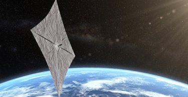 Космічний вітрильник LightSail 2 надіслав на Землю нові «селфі»