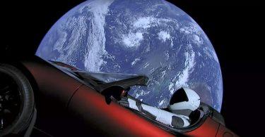 Де знаходиться родстер Ілона Маска через два роки в космосі