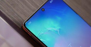 Samsung розробляє дисплей з голографічним проектором