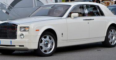 У Житомирі продавець картоплі приїхала на елітному Rolls-Royce