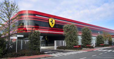 Ferrari зупинив виробництво автомобілів