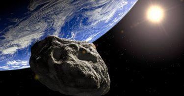 У квітні поруч із Землею пролетить величезний астероїд