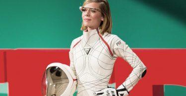 ESA показало самовідновлювальні розумні рукавички для космонавтів