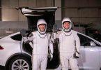 Астронавти SpaceX