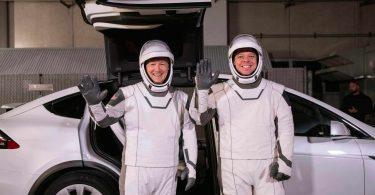 SpaceX вперше запустить астронавтів у космос