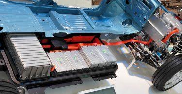 Китайці створили автомобільний суперакумулятор з ресурсом 1,2 мільйона кілометрів