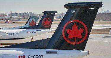 Канадський авіаперевізник звільнить 60% співробітників