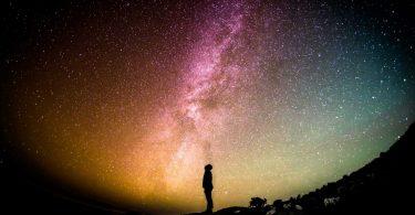 Життя ймовірно існує поза Землею, а розум скоріше ні