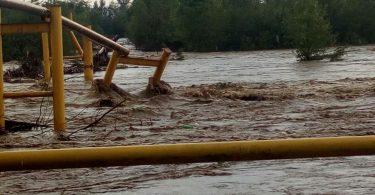 Негода на Буковині: пошкоджено газопровід