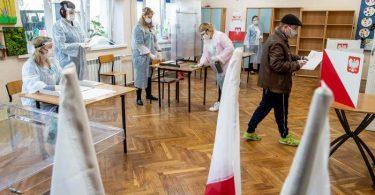 Польща обирає нового президента - Дуда вважається фаворитом