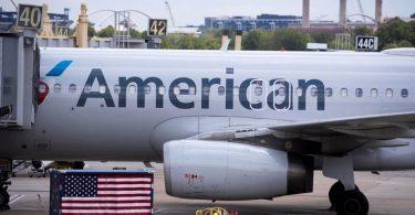 Пасажира зняли з рейсу за відмову надіти маску