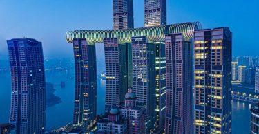 У Китаї відкрили «горизонтальний хмарочос»: сучасна архітектура