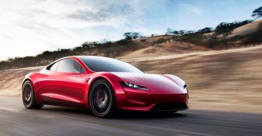 Ентузіаст показав можливості Tesla Roadster з ракетним двигуном SpaceX