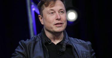 Ілон Маск розповів про майбутні електрокари Tesla