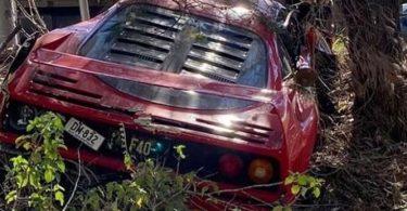 Ferrari F40 за мільйони доларів розбили в Австралії (фото)