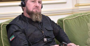 Кадиров вимагає від Зеленського підтвердити свої вибачення