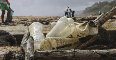 Кількість пластикових відходів потроїться до 2040 року