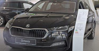 Автовласники з Чехії: Нова Skoda Octavia має декілька «дитячих хвороб»