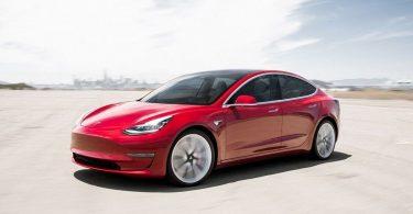 Купівля Tesla Model 3 виявилася найбільш вигідним вкладенням