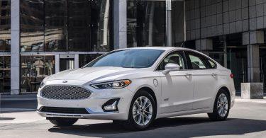 Ford пояснив, навіщо зняв з виробництва всі седани