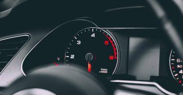Названо найбільш дієві способи економії палива в автомобілі