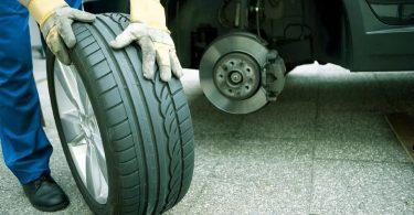 5 автомобілів, які можуть розорити своїх власників на шиномонтажі