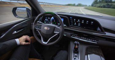 Системи допомоги водієві збоять кожні 12 кілометрів
