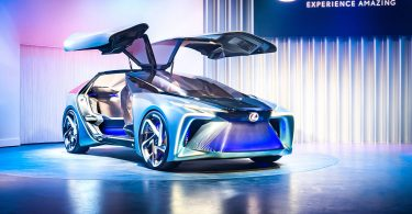 Lexus придумав назву для нового електрокара
