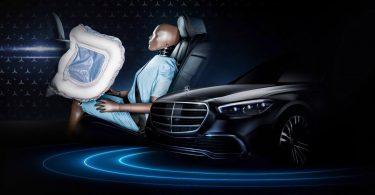 Mercedes-Benz запровадить в свої автомобілі передову технологію безпеки