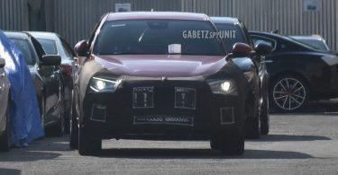 Maserati тестує новий кросовер, замаскований під Alfa Romeo