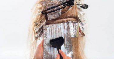 Знайдено відповідь на питання, чи викликає фарба для волосся рак
