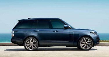 Електричний Range Rover дебютує через місяць