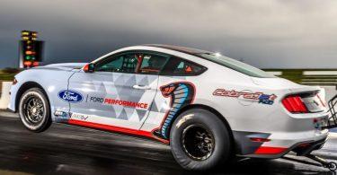 Новий електрокар Ford переміг конкурента Tesla в заїзді на 400 метрів [ВІДЕО]