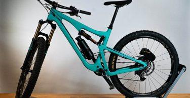 Elevate перетворює звичайний велосипед в електричний