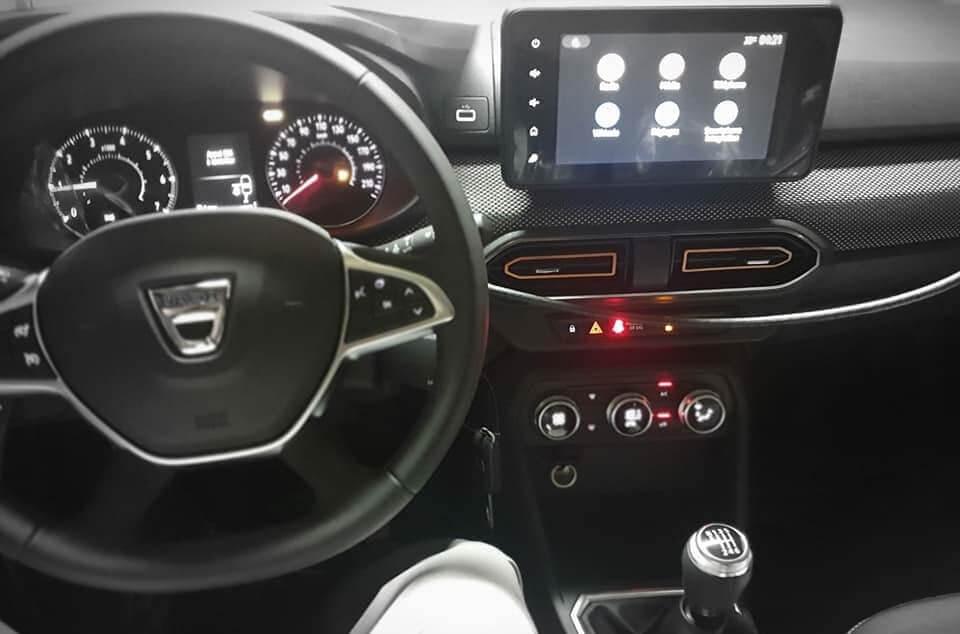 Інтер'єр нового Dacia Logan