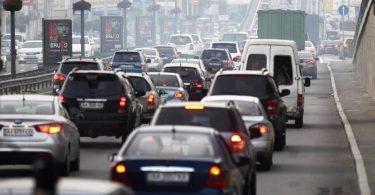 Стало відомо скільки часу заощадили водії через пандемію