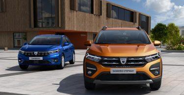 Який вигляд має новий Renault Sandero наживо: опубліковано фото