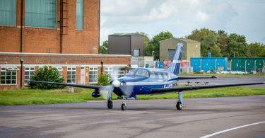 Найбільший в світі водневий літак піднявся в повітря