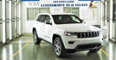 Jeep випустив 1000 броньованих Grand Cherokee