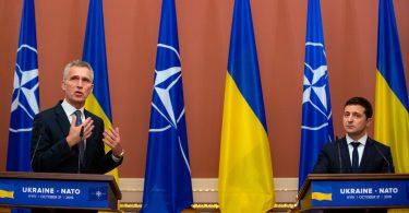 Зеленський бачить в НАТО шанс зберегти Україну