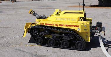 Перший робот-пожежний в США допоміг загасити велику пожежу