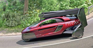 Голландський літаючий автомобіль з'явиться на звичайних дорогах