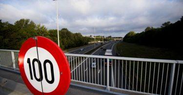 В Україні можуть збільшити ліміт швидкості на міських дорогах – до 100 км/год