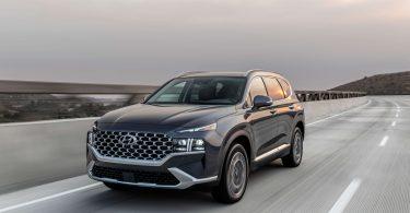 Рестайлінговий Hyundai Santa Fe: з'явилися нові подробиці про мотори