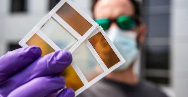 Нове розумне вікно здатне змінювати колір і виробляти енергію