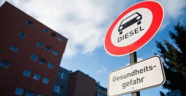 В Україні хочуть частково заборонити дизельні авто