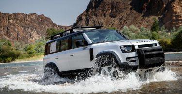 Новий Land Rover Defender зламався на другий день експлуатації