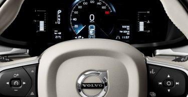 Volvo пояснила, навіщо обмежила швидкість у своїх авто до 180 км/год